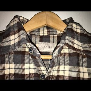 Men's long sleeved button down